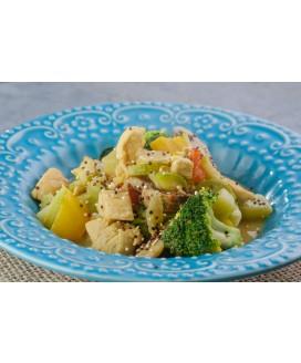 Curry de Frango com Legumes e Cogumelos Paris Olive Alimentação Low Carb